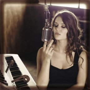 "Mimi Page: ""Music is a wordless language within itself"""